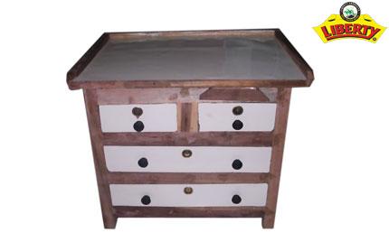 Wooden Table (Bakda)